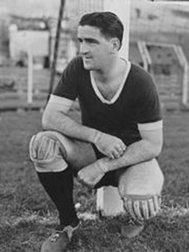 Roque Máspoli был вратарем для сборной Уругвая , которая выиграла в 1950 Кубок мира