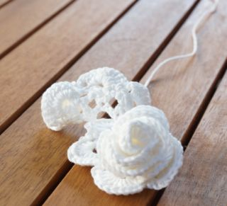 Petite Maille | Le crochet c'est pas ringard !: Des roses au crochet-Tuto gratuit