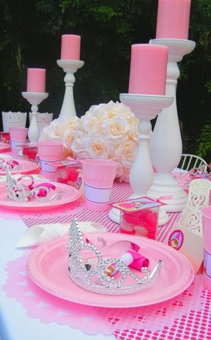 Princess themed birthday party table setting, but in blue