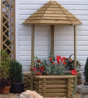 Looking to create a wonderful wishing well garden feature? How abou this Norlog Flatback Wishing Well Wooden Planter.