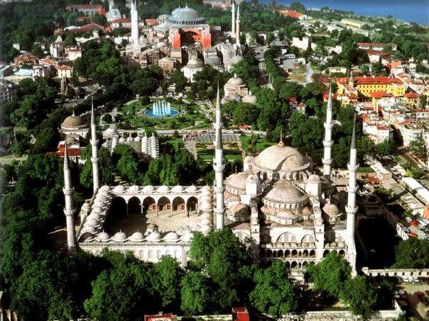 Sultanahmet (Blue Mosque) - Hagia Sophia