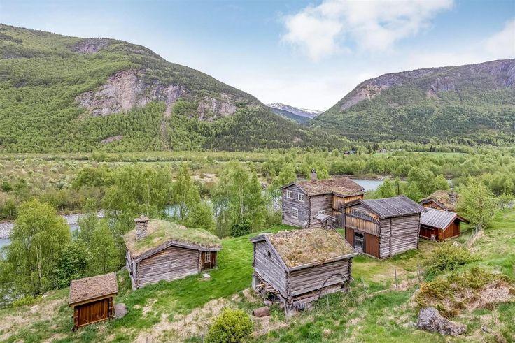 FINN – LOM - Bøverdalen. - Tømmertun flott beliggende i naturskjønne omgivelser.