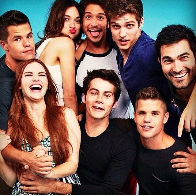 I wonder if they are all actually as good of friends as they seem in this picture. That would be nice.
