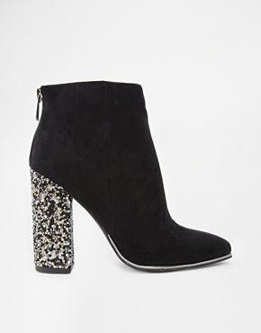 New Look – Caviar – Verzierte Ankle Boots mit Absatz