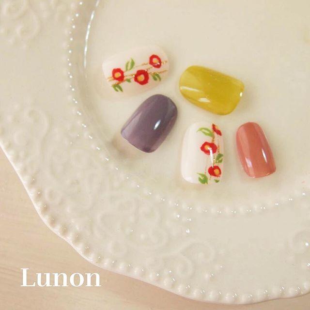 * 椿( ˙▿︎˙ )/ . #nail #nails #nailarts #nailsalon #Lunon #ibaraki #茨城 #ネイル #ルノン #ジェルネイル #和ネイル #和風ネイル #椿 #成人式 #お祭り #ショートネイル #和風 #ネイルデザイン #instanails #nailstagram #nailswag #naildesign #gel #gelnails #japanesenailart