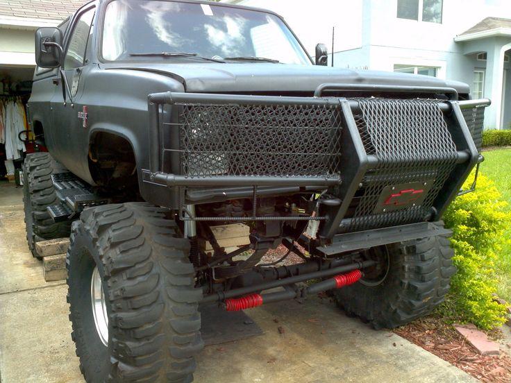 Lifted Chevy » Lifted Chevy Trucks » 1987 k5 blazer 3/4 ton axles ...