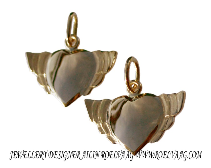 Christening presents, rebel at heart pendants in 14K gold. Made by Ailin Roelvaag.