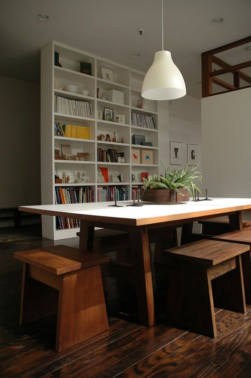 I love the stools.: Dining Rooms, Bookshelves, Benches, House Ideas, Books Shelves, Home Decor, Dining Spaces, Natural Style, Dining Tables