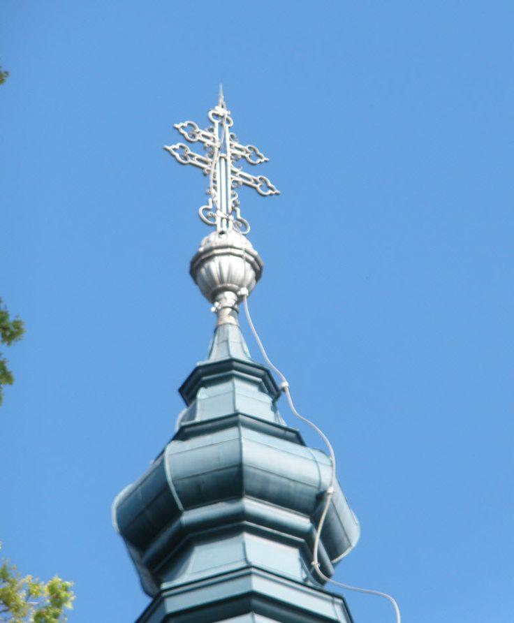 Váci Hétkápolna kegytemplom tetején lévő kereszt