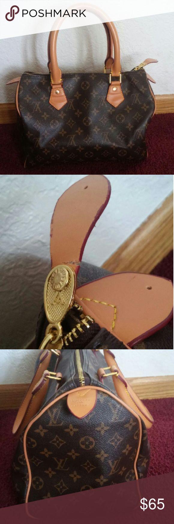 Replica handbag Replica of louis vuitton handbag It is NOT real! FAKE! REPEAT FAKE!! Bags