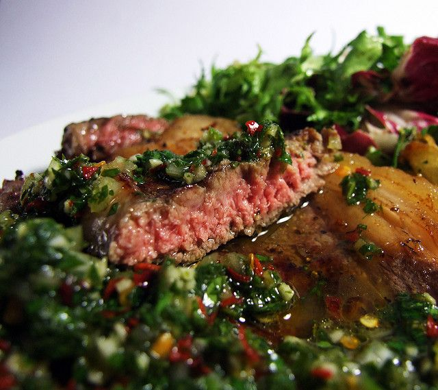 Argentinian food: Sirloin with Chimichurri