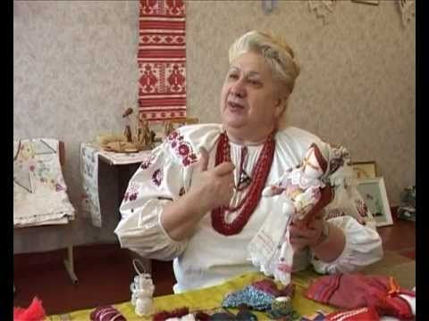 Ukrainian Motanka Instructions on  how to make a motanka doll and plenty of information on symbolism.