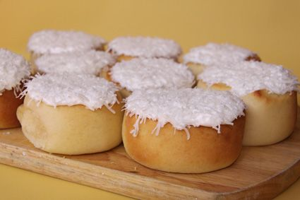 custard scrolls and icing like baker's delight!