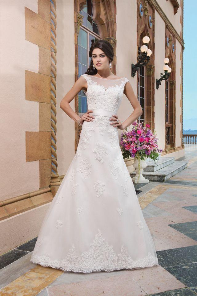 Suknia ślubna Sincerity 3822 2016