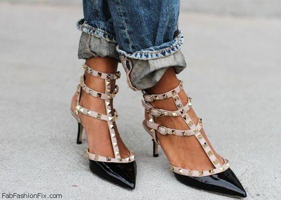 VALENTINO 'Rockstud' Black & Blush Patent Pointy Toe Kitten Heel Pump, Size 38  #Valentino #PumpsClassics