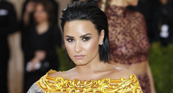 Demi Lovato ha confessato che consumava cocaina ogni giorno prima di finire in un centro di riabilitazione.