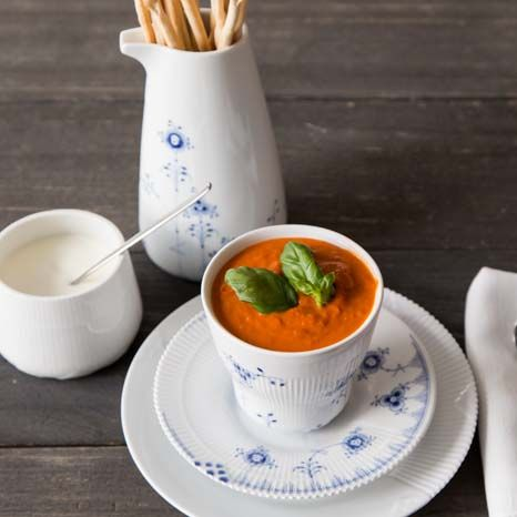Soup in a Royal Copenhagen Blue Elements mug