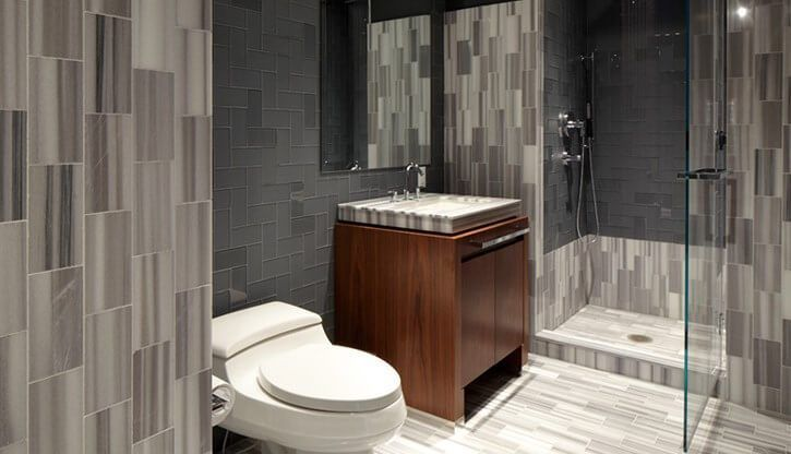 17 best ideas about small guest bathrooms on pinterest for Townhouse bathroom ideas