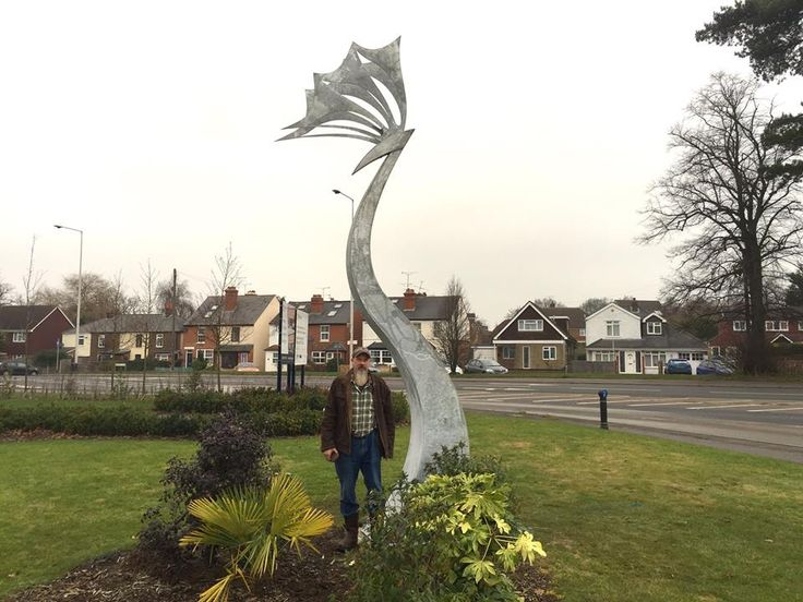 New sculpture for flagship development in Wokingham - David Wilson Homes.  By Thrussells ©