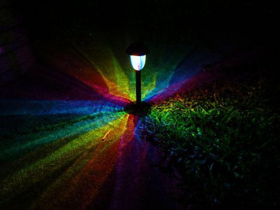 4 handgeschilderde Solar Rainbow KALEIDOSCOPE Path Lights (lichter) voor Landschap Verlichting, Patio, Playa, Burningman, Glamping, etc.