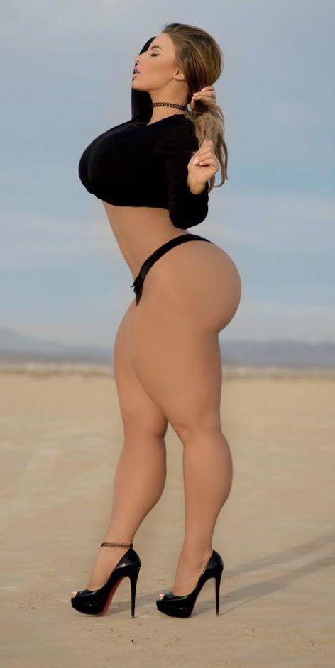 thick hardbody girls porn