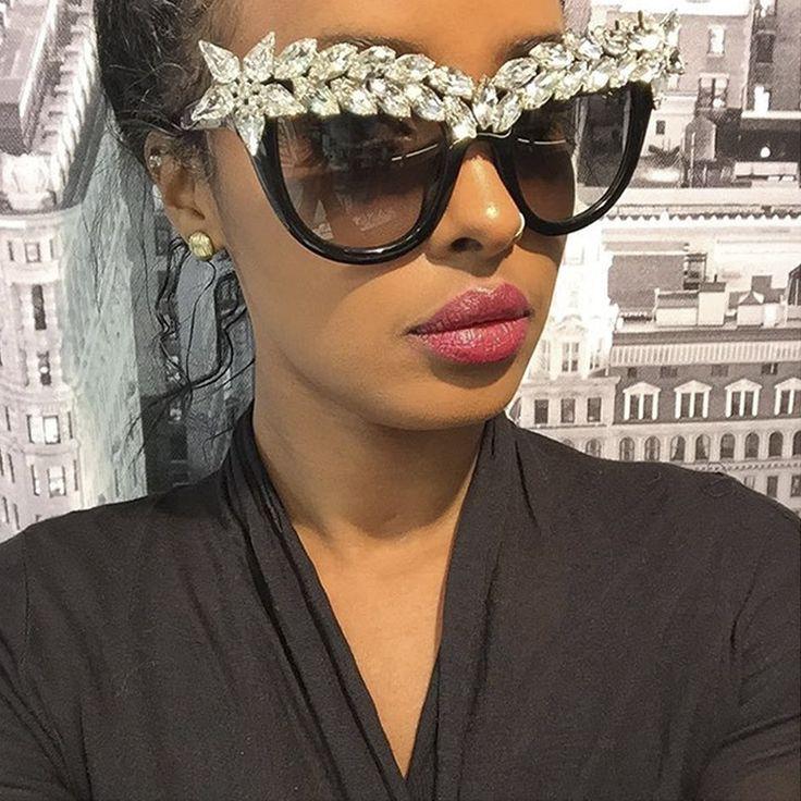 ROYAL GIRL Women Cat Eye Sunglasses Vintage Brand Designer Crystal Diamond Oversize Frame Glasses SS118