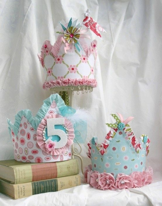 Cute party hat idea for a girls birthday day party