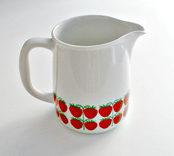 Vintage Arabia Finland Strawberry Pomona by ClassicMemories, $70.00