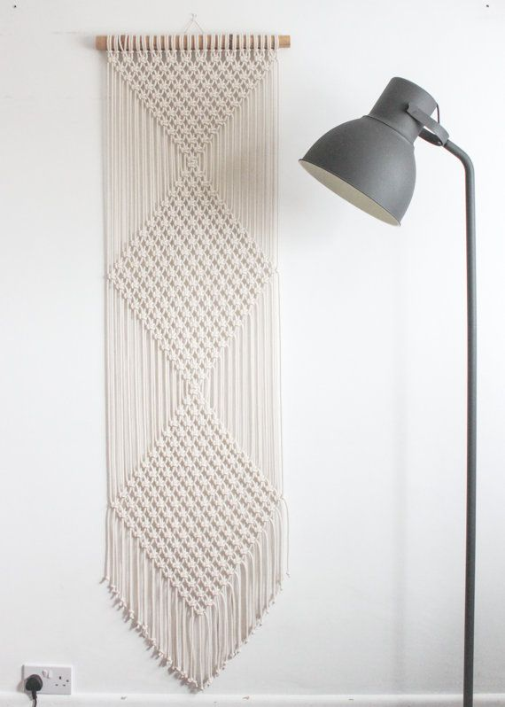 SALE !!! Macrame Wall Hanging > DIAMONDS > 100% Cotton Cord in Natural Ecru with Bamboo
