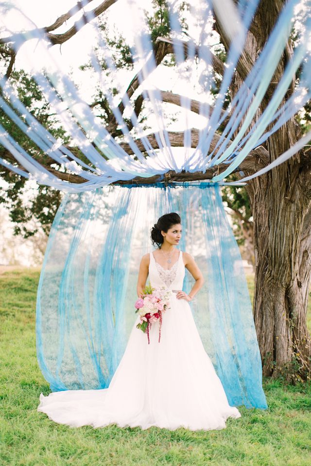 Blue ceremony backdrop | Mint Photography | see more on: http://burnettsboards.com/2014/08/monets-water-lilies-wedding-inspiration-shoot/