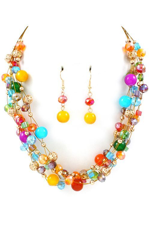 Love the necklace...Go with everything