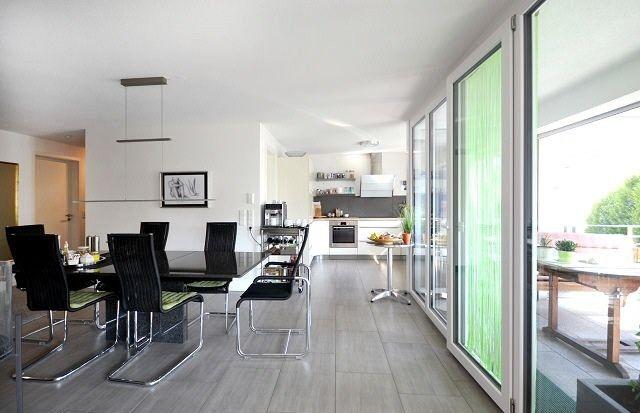 Wohnung Zum Kauf Modern Zentral Attraktive 4 5 Zimmer Wohnung In Aulendorf Modern Und Mit Optimaler Raumaufteilung Wohnung 5 Zimmer Wohnung Wohneinheit