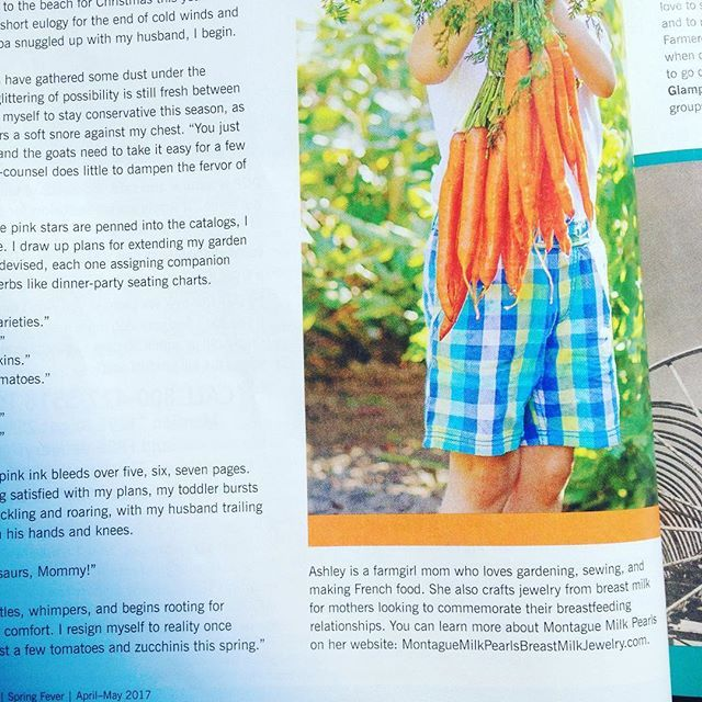 I'm finally reading my #maryjanesfarm #magazine that came in a few weeks ago-yay #roadtrip -and it turns out one of my articles got #published #soexcited #farmgirl #ladyboss #bosslady #writing #shortstories #montaguemilkpearls #momblogger #crunchymama #craftymom #organiclife #favoritemagazine #fangirl #fangirling #bestmagazine #ilovetowrite #ilovemyjob #businesssharing #businesswoman #businesswomen #makersgonnamake #womenwriters #womenwhowrite #livingthedream