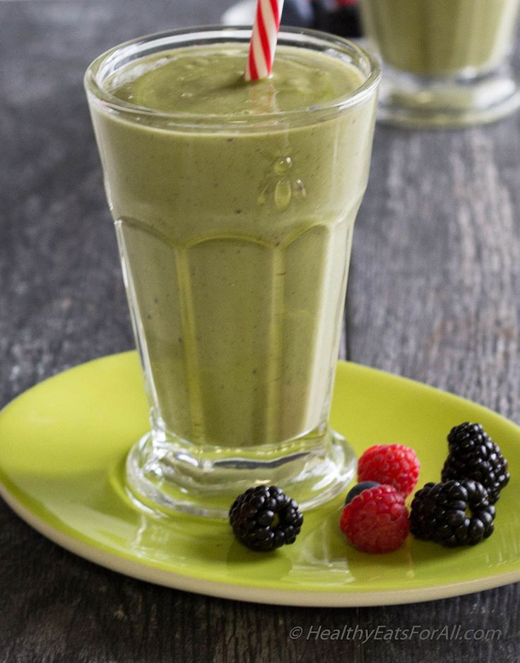 Finally, spring is here. With it come all the brightly colored berries and brilliant green fresh spinach and avocados. All the colors of spring! But avocado in a smoothie! I know when I first menti...