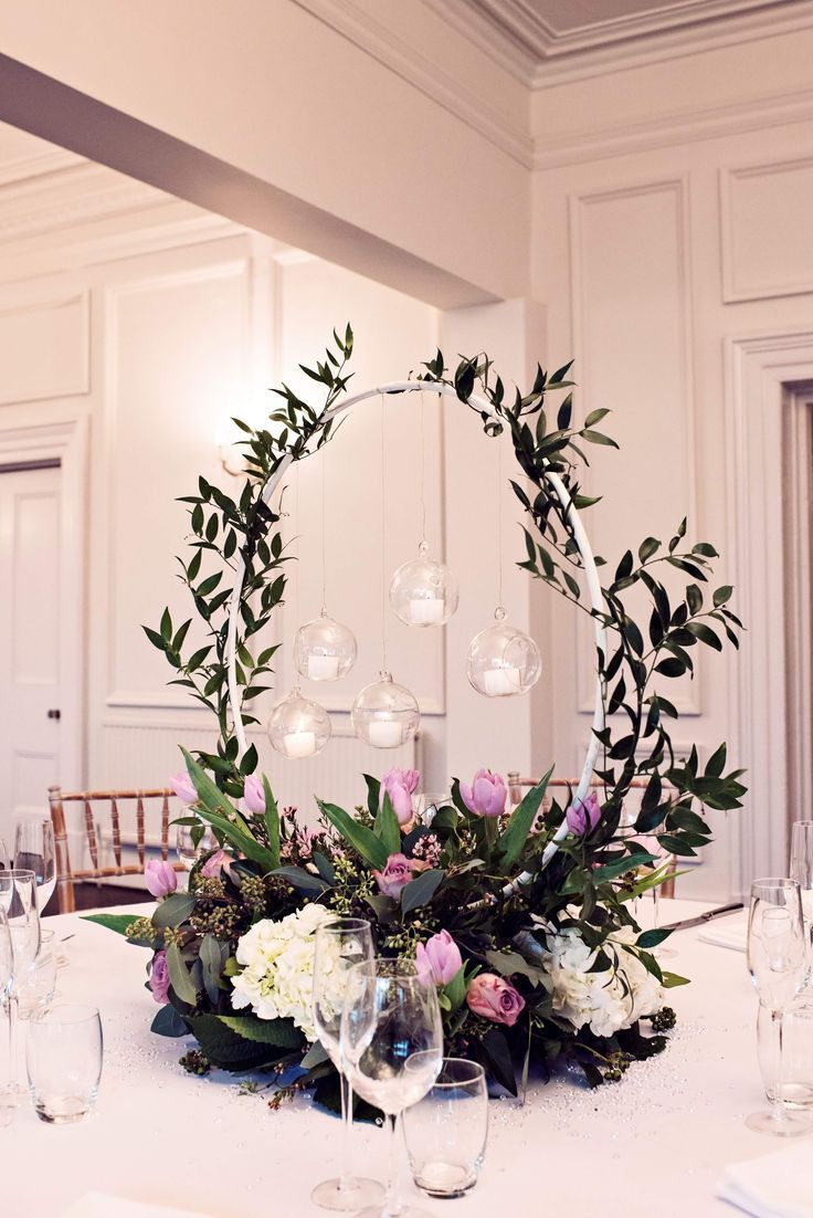floral hoop table centrepiece captured by teresa c photography rh pinterest es