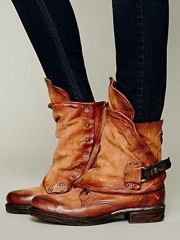 How much to I love these? THIIIIIIIIIIIIIIIS MUCH! Free People Emerson Ankle Boot