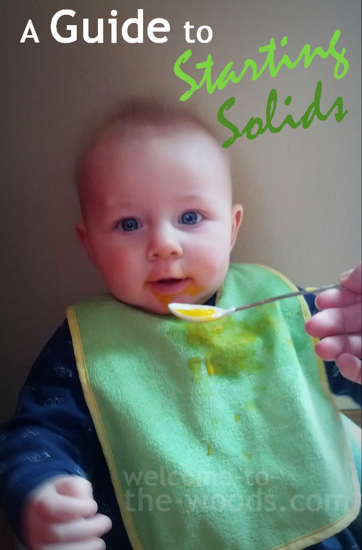 Accurate information on starting baby on solids, including a feeding chart of safe homemade baby foods.