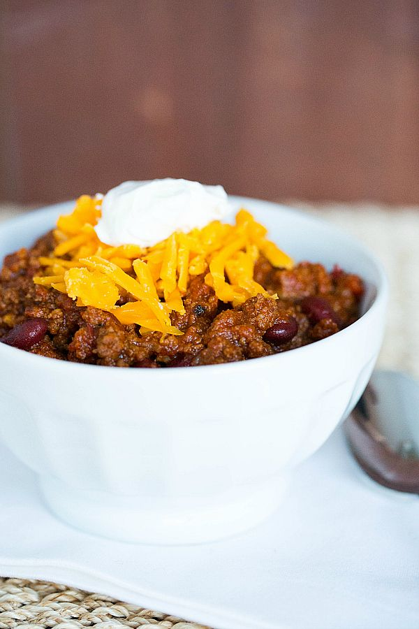 All-American Beef Chili: Brown Eyed Baker... switch it up with some ground turkey and this is the perfect for the winter!