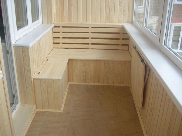 Отделка маленького балкона