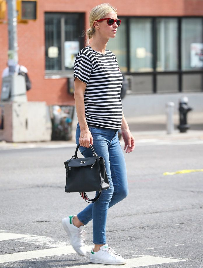 e4f36d52f Pregnant Nicky Hilton Gives Maternity Style a Super French Twist ...