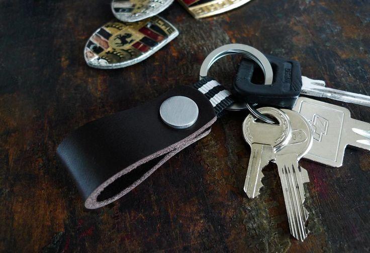 www.877workshop.com — Keychain leather Nato gray