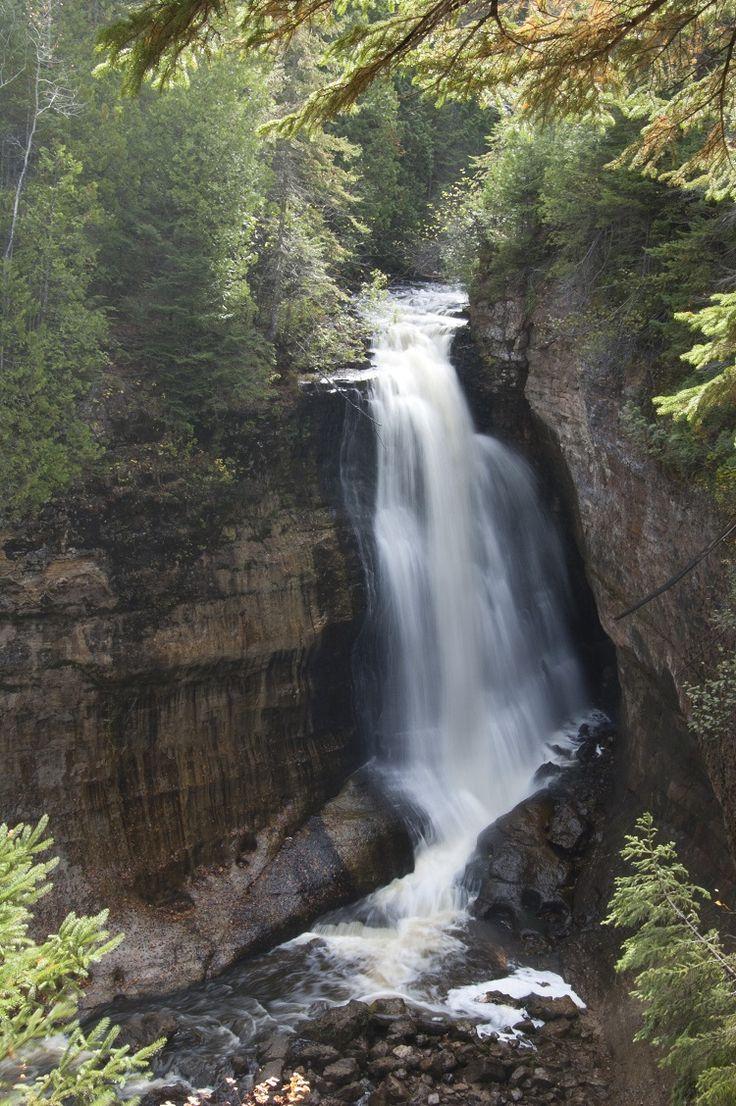 Michigan waterfalls - https://roadtrippers.com/blog/michigan-waterfalls
