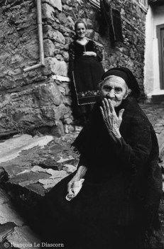 François Le Diascorn. Old Greek woman and young woman in Metsovo Epirus Greece. https://francoislediascorn-us.com/portfolios
