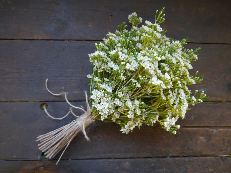 "Simple and fresh field flower wedding bouquet by Pink Peony.  For more Alternative Wedding inspiration, check out the No Ordinary Wedding article ""20 Quirky Alternatives to the Traditional Wedding""  http://www.noordinarywedding.com/inspiration/20-quirky-alternatives-traditional-wedding-part-2"