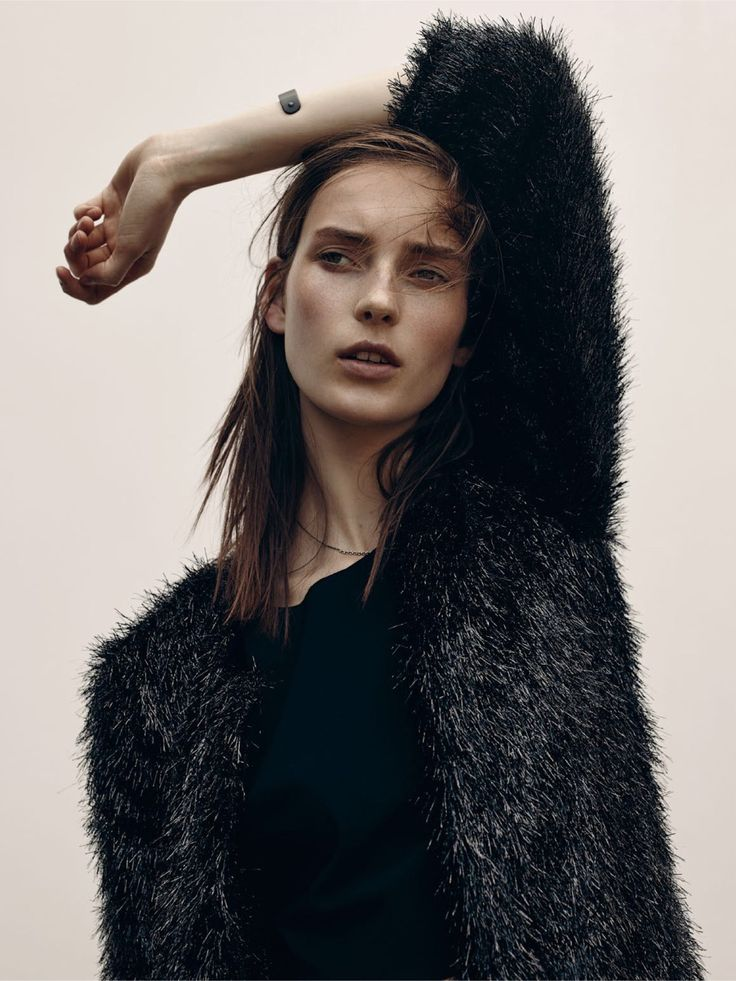 Julia Bergshoeff by Gregory Saglio for Vogue Paris, August 2015 styled by Célia Azoulay