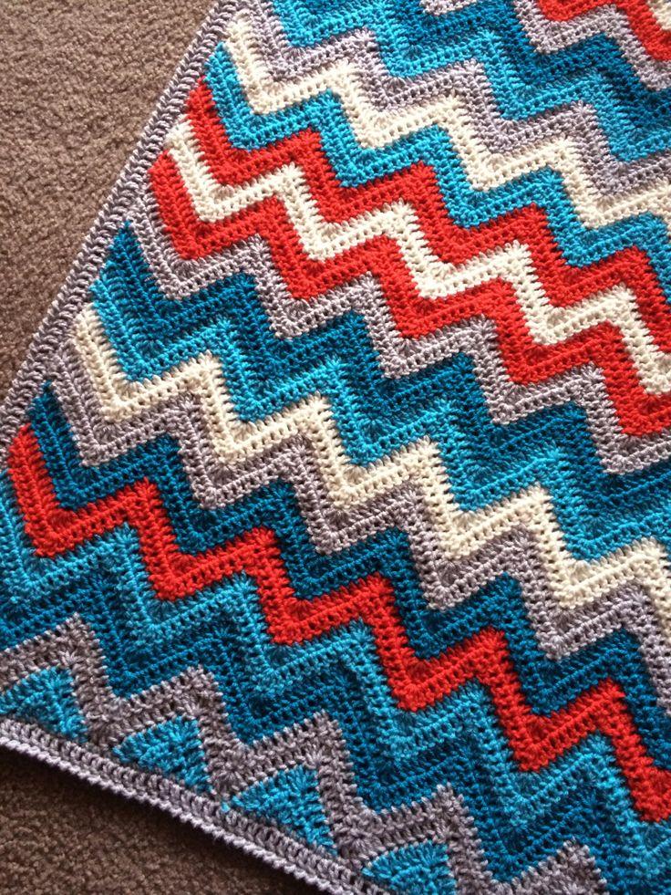 557 best C hevron Ripple V-Stitch Wellen HÄKELN Muster images on ...