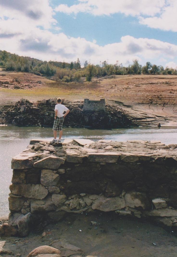 Remnants of the old rattlesnake bar bridge 1862 1954 for Lake natoma fishing