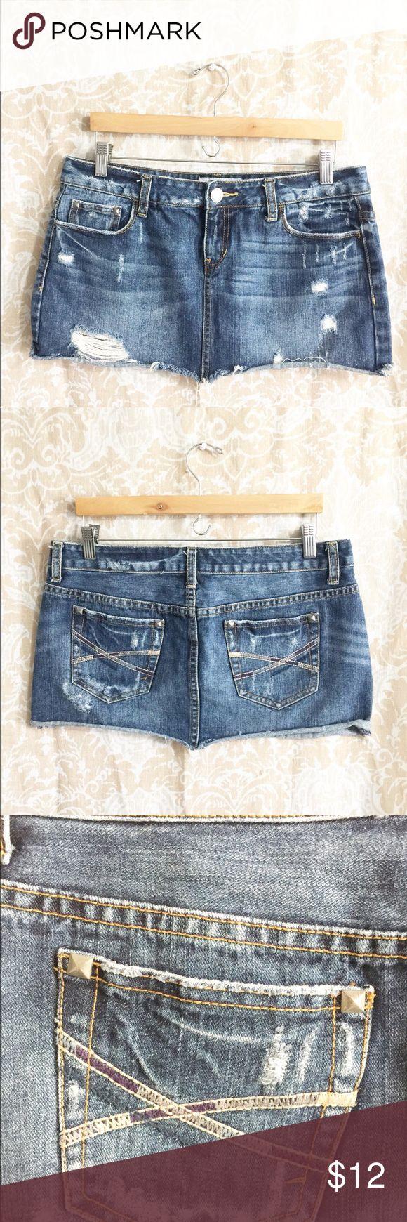 Arepostale blue denim Mini skirt size 9/10 Aeropostal mini skirt blue  9/10 Long 11 inch Waist 17 inch 💯 cotton Aeropostale Skirts Mini