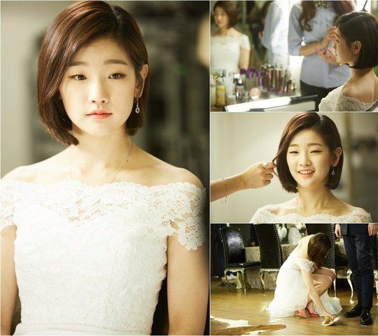 """Cinderella and the Four Knights"" Park So-dam in a white dress @ HanCinema :: The Korean Movie and Drama Database"