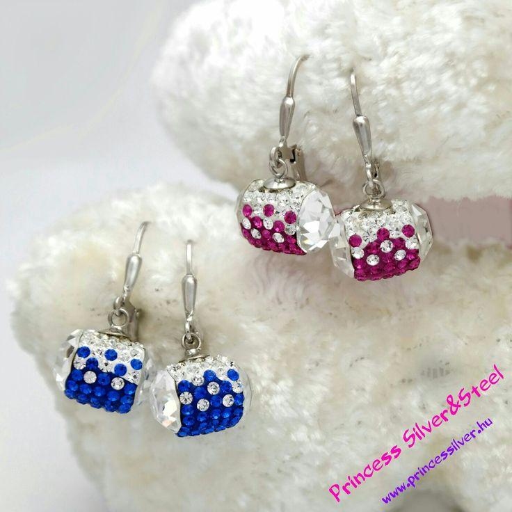 Ezüst fülbevaló, ragyogó Swarovski kristályokkal.  www.princessilver.hu
